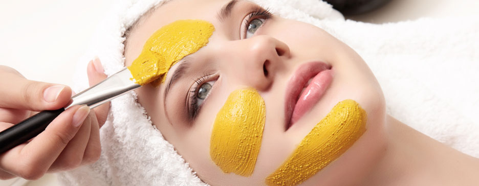 Why Is Turmeric And Its Face-Packs Good For Your Skin?